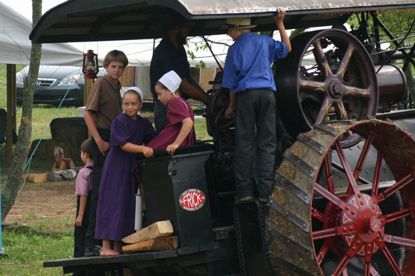 doughty valley steam days ohio amish country