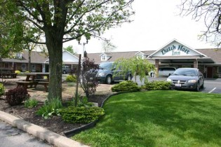 Dutch-Host-Inn-Sugarcreek-Ohio