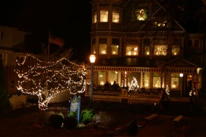 Victorian-House-Christmas-Open-House-Millersburg-Ohio