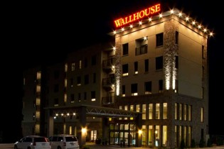 The-Wallhouse-Hotel-Walnut-Creek-Ohio