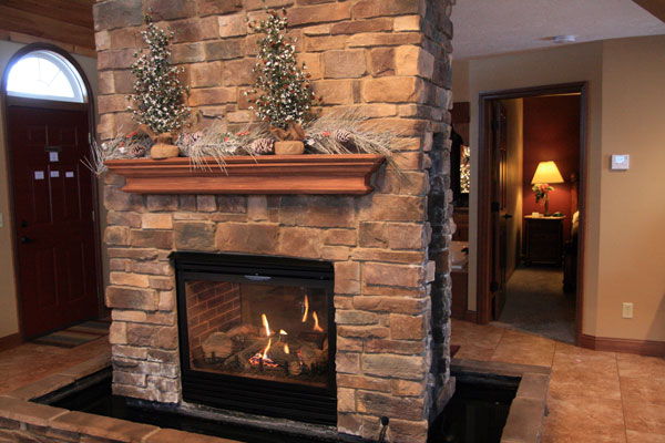 Premier-Carriage-House-Cottages-Fireplace